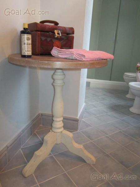 Tavolino stile provenzale bianco diametro basamento for Bianco e dintorni arredamento provenzale