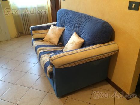 Divano vendo posti letto poco usato cerca compra vendi for Divano letto usato