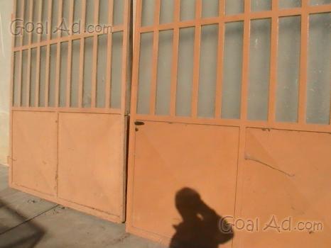 Portoni A Due Ante Per Garage Usato.Portone Ferro Garage Vendo Portone Ferro Cerca Compra Vendi