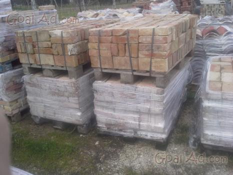 Vendo mattoni vecchi di recupero frusta per impastare for Cerco mobili gratis