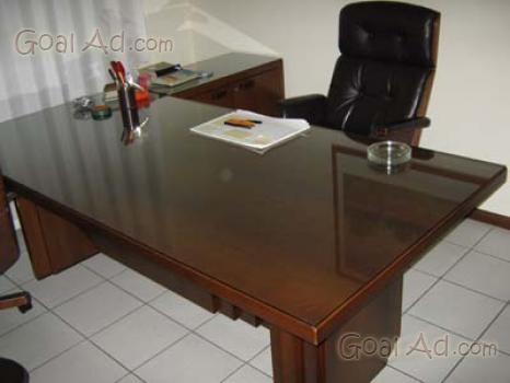 Mobili decorati armadi scrittoi sedie tavolini - Cerca, compra, vendi ...