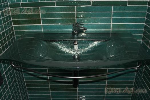 Vendo edicola chiuso 30mq bagno interno cerca compra - Vendo mobile bagno ...