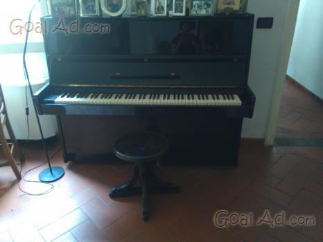 Pianoforte verticale nero pianoforte verticale horugel cerca
