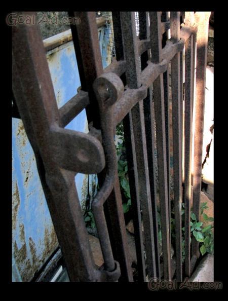 Cancello Ferro Due Ante.Antico Cancello Ferro Battuto Epoca Molto Cerca Compra Vendi