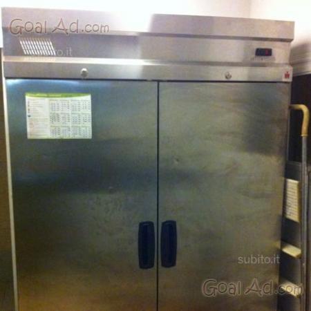 Armadio frigo ante ventilato capacit 1400lt cerca for Armadio usato lecce